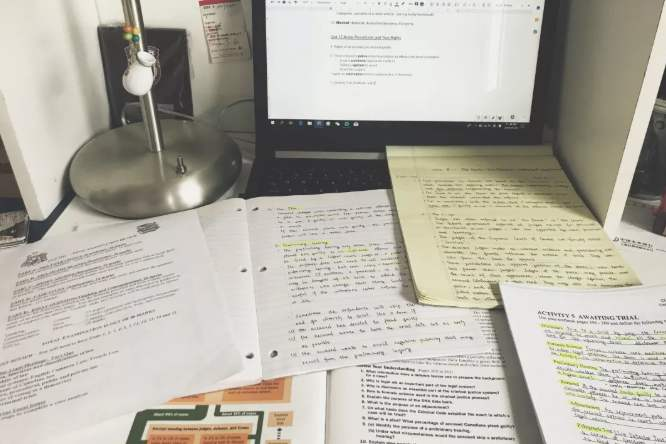 代写留学作业