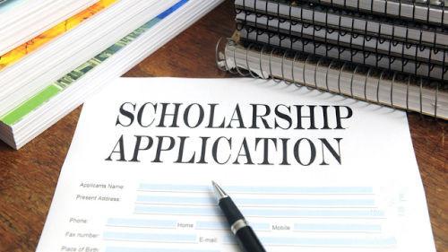 什么是Scholarship Application Essay?