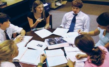 美国Dissertation和Thesie区别解析