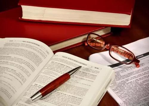 essay和dissertation区别